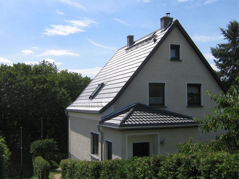 Referenz für Dachdeckearbeit - Dach Komplett – Firma Ralf Wackwitz, Bad Köstritz